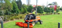 commercial mowing auckland